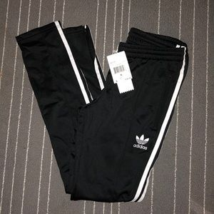 NEVER WORN Adidas track pants